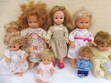 lot de 8 poupées et poupon  famosa