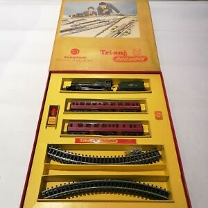 Tri-ang - T.3 Train Set Electric Model Railway - TT