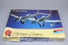 ZF409 Monogram 1/72 maquette avion militaire 6063 F-82 TWIN MUSTANG F82 blister