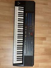 Roland E 15 Synthesizer