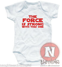 Naughtees Clothing The fuerza es fuerza con this one Algodón Babysuit Pelele