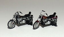 2 HARLEY DAVIDSON  MOTORCYCLES  stand is removable  1/43 O scale On30 On3  5  !