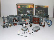 2012 LEGO LORD of the RINGS 9473 THE MINES of MORIA com/vg/excellent in HM box