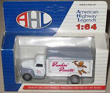 Camion Ford F-5 en métal « Dunkin'Donuts » 1/64 AHL Hartoy
