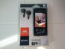 New Sony Walkman NWZ-S544 8GB Media Player MP3 Video FM Speaker Earphones Bundle
