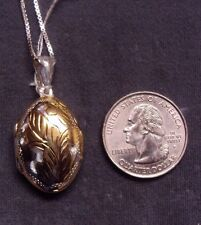 """Vintage 925 Sterling Silver 2 Tone Engraved Puffy Oval Photo Locket w 30"""" Chain"""