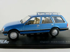 IXO #46 Opel Rekord E2 Caravan (1982-1986) in blaumetallic 1:43 NEU/PC-Vitrine