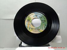 LARRY GROCE -(45)- JUNK FOOD JUNKIE / MUDDY BOGGY BANJO MAN - WARNER BROS. -1975