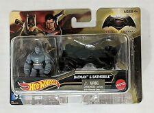 BATMAN & BATMOBILE - BATMAN VS SUPERMAN - HOT WHEELS 1:64 SCALE  {B5 C11 /6