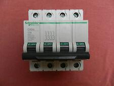 Réf 24231 SCHNEIDER DISJONCTEUR MULTI 9 C60N 4P 32A COURBE C 230/400V NEUF