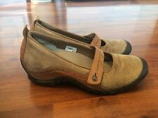 Women's Size 8 Merrell Plaza Bandeau Tan Leather Mary Janes Casual Shoes