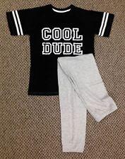 Vêtements noirs pour garçon de 12 à 13 ans