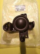 2011 2013 Nissan leaf Genuine OEM lamp Bezel 62256-3NA0A Bumper Finisher