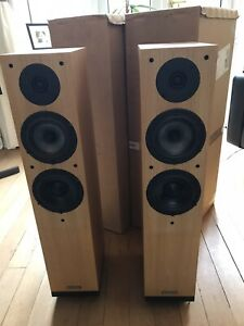 Spendor A5 Floorstanding Speakers (light oak)