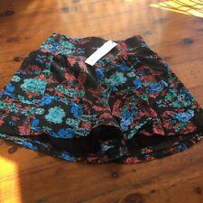 Cotton Blend Machine Washable Floral Regular Shorts for Women