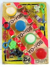 Yo Yo Rings Keychain Clips Toys Charms Gumball Vending Machine Disp Card #98