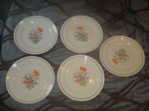 1940'S UPICO IVORY UNIVERSAL CAMBRIDGE AMORE FLORAL PATTER LOT OF 13 PLATES