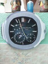 "Horloge ""Patek Philippe Nautilus"" en bois"
