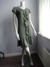 Women's 1920s Look with Cap Sleeve