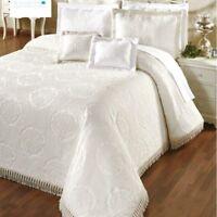 Colcha Elegant en Beige y Blanco, 135 150 180 cojines a juego Textil Portugues