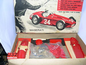 Strombecker Kit N0-D42-200 Maserati 250F Electric Powered Racing Cars 1/24