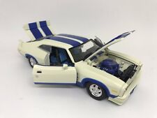 1:32 Scale Diecast XC Cobra Options 96 with Blue Seats