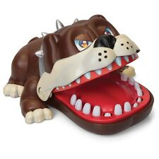 Biting Bulldog Game – Press The Teeth And Avoid Being Bit