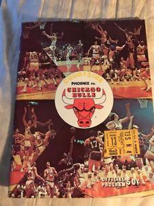 1970 - 1971 Chicago Bulls vs. Phoenix Suns Program  Ticket Stub 3/13/71