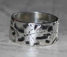 Vintage 1978 unisex designer fall autumn maple leaf abstract band ring size 7.25