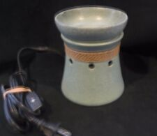 SCENTSY full-size Warmer used Clean and Perfect!