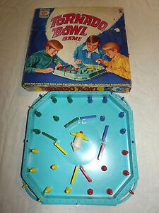 VINTAGE  TOY 1971 IDEAL TORNADO BOWL GAME