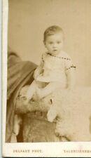 PHoto bébé sur cartonnage studio Delsart 90 rue du Quesnoy VALENCIENNES