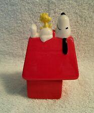 Vintage UFS Peanuts Snoopy & Doghouse Ceramic Salt & Pepper Shakers