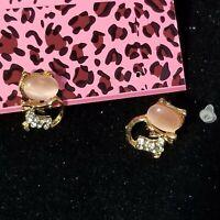 New Betsey Johnson Jewelry Pink Cat's Eye Clear Rhinestone Earrings Fashion