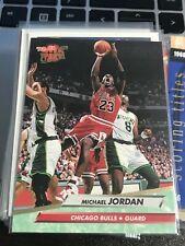 1992-93 Ultra #27 Michael Jordan BULLS! kc20