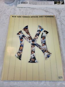 New York Yankees 2007 ML Baseball Official Yearbook Some Fading Damage on Cover