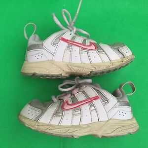 NIKE girl's fashion running walking white athletic shoes size--8C