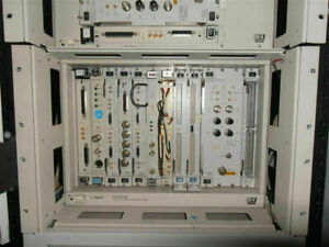 HP Agilent E1401B VXI High Power Mainframe Modules NOT included
