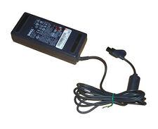 Adaptador de CA dell Model adp-70eb 20v dc 3.5a * 20