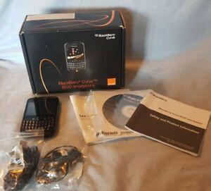 BlackBerry Curve 8520 - Black (Orange) Smartphone with Box and Accessories