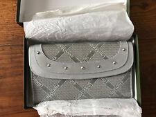 Longchamp Compagnon Porte-monnaie tout en un couleur argent