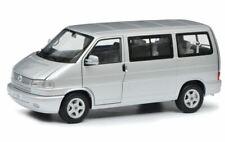 Schuco 450041500 VW T4b Caravelle  silber
