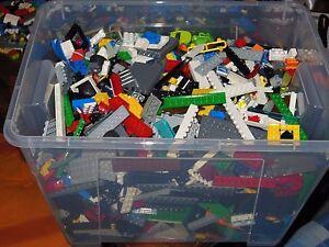 LEGO LOTTO 2KG PEZZI MISTI VARI LOTTI PULITI E SELEZIONATI