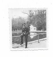 Foto, Soldat in Uniform, Mütze, Wasser, Park