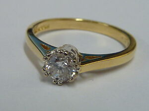 Ladies Stunning 18ct Gold 33pt Diamond Solitaire Ring - Size L - with appraisal