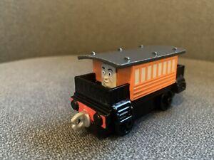 thomas take and play Train henrietta