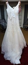 En Vogue Bridal Wedding Dress Style 4235 Size 6 Ivory White Silver Beads NEW