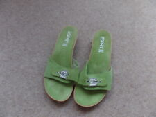 Ladies ESPRIT SUMMER FLIP FLOPS,ON SIZE 7 GREEN, IN USED GOOD CONDITION