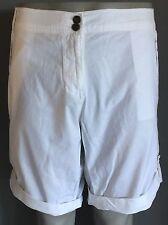 NWT White SUZANNE GRAE Casual Cuffed Leg Shorts Size 18