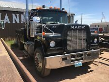 1984 Mack with 25 ton 6800 Challenger Heavy Duty Wrecker bed and lift
